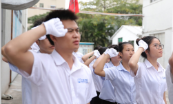 中山市庆溢照明半军事化汇演各队宣誓风采